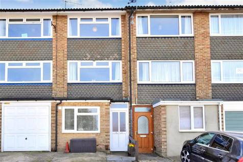 Greenvale Gardens, Twydall, Gillingham, Kent. 3 bedroom terraced house
