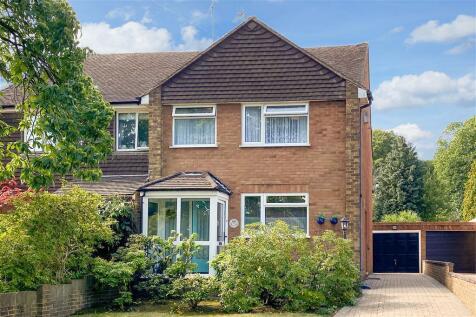 Edwin Road, Rainham, Kent. 3 bedroom semi-detached house