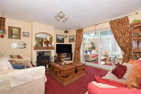 Vicarage Close, Halling, Rochester, Kent. 3 bedroom semi-detached house