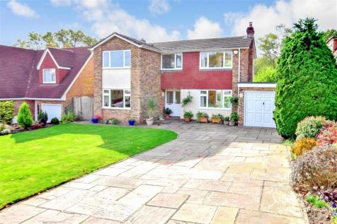 Vauxhall Gardens, Tonbridge, Kent. 4 bedroom detached house for sale