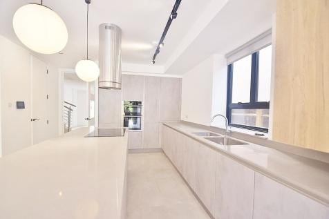 THE RIDGEWAY, LONDON, NW11. 5 bedroom semi-detached house for sale
