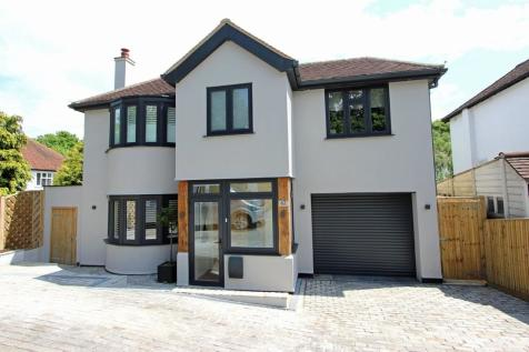 Outwood Lane, Chipstead. 4 bedroom detached house