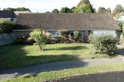 Beverley Close, Ewell. 4 bedroom detached bungalow