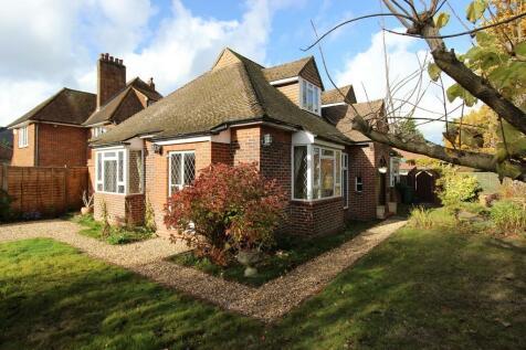 Kenneth Road, Banstead. 3 bedroom detached bungalow