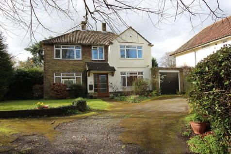 Chipstead. 4 bedroom detached house
