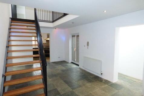 Hood Street, The Mounts, Northampton. 2 bedroom house