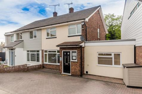 Rowland Close, Darland, Gillingham. 3 bedroom semi-detached house