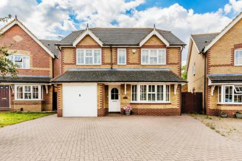Homefield Drive, Rainham, Gillingham. 4 bedroom detached house