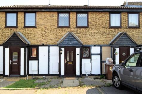 Lamplighters Close, Hempstead, Gillingham. 2 bedroom terraced house