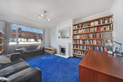 Longstone Avenue, Willesden Junction, London. 2 bedroom flat for sale