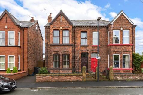 Park Crescent, Swinley, WN1 1RZ. 4 bedroom semi-detached house for sale