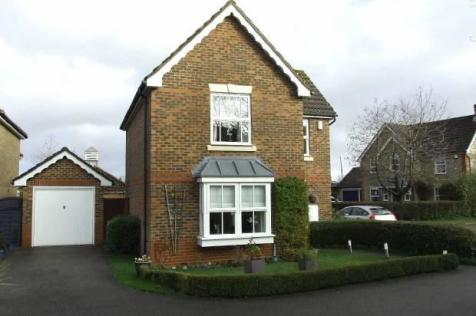 KINGS HILL, WEST MALLING.. 3 bedroom detached house for sale