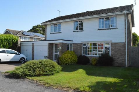 Rosebarn Close, Burgess Hill, West Sussex, RH15. 4 bedroom detached house