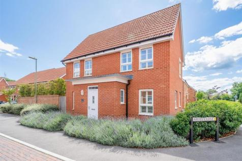 Ariel Close, Lee-on-the-Solent, Hampshire. 3 bedroom detached house