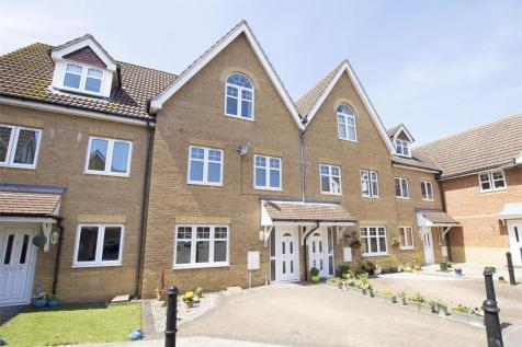 Hoverfly Close, Lee-on-the-Solent, Hampshire. 4 bedroom town house