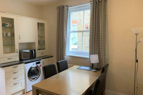 Tamworth Street, London, SW6. 2 bedroom flat