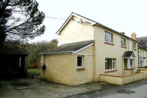 Brongest, Newcastle Emlyn, Mid Wales - Semi-Detached / 3 bedroom semi-detached house for sale / £155,000