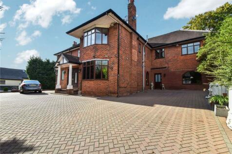 Castle Hill Road, Prestwich, Manchester, M25. 4 bedroom detached house for sale