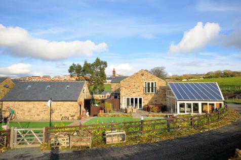 Blacker Grange Farm, Barnsley. 5 bedroom barn conversion