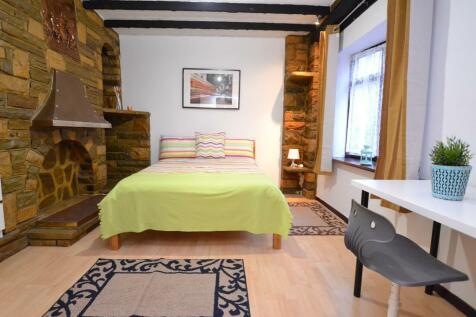 Stothard Street, Whitechapel, London, E1 4JA. 5 bedroom terraced house