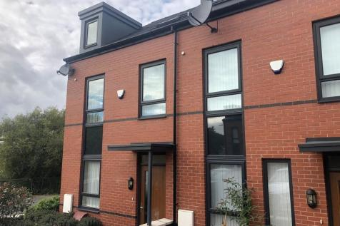 Lower Hillgate, Stockport. 1 bedroom house share