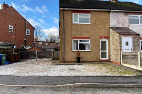 Woodlands Avenue, Stone, Staffordshire. 2 bedroom semi-detached house