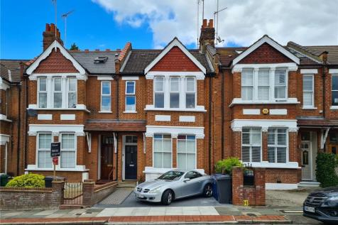 Elm Park Road, Finchley, London, N3. 3 bedroom apartment