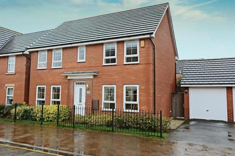 Spire Heights, Chesterfield, Derbyhire. 4 bedroom detached house
