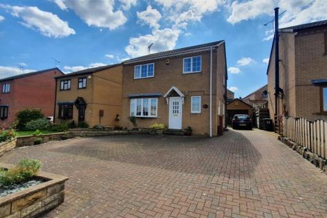 Tansley Road, North Wingfield, Chesterfield, Derbyshire. 4 bedroom detached house