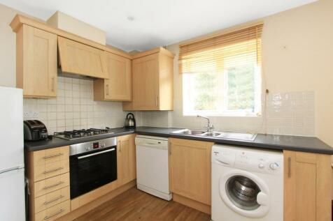 Blakes Road, Camberwell, London, SE15. 2 bedroom apartment