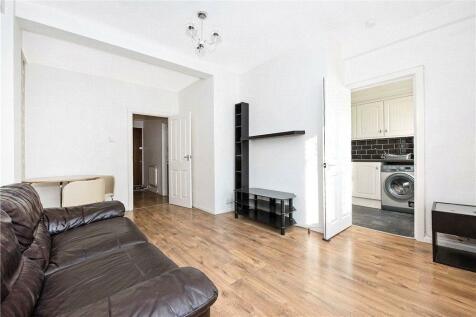 Dhonau House, Longfield Estate, Bermondsey, London, SE1. 1 bedroom apartment