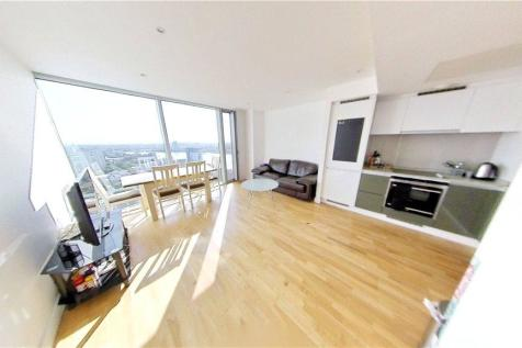 The Landmark West, London, E14. 1 bedroom apartment