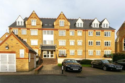 Westminster House, Hallam Close, Watford, Hertfordshire, WD24. 2 bedroom apartment
