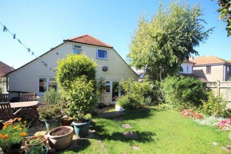 Sutton Road, Preston, Weymouth. 4 bedroom detached bungalow