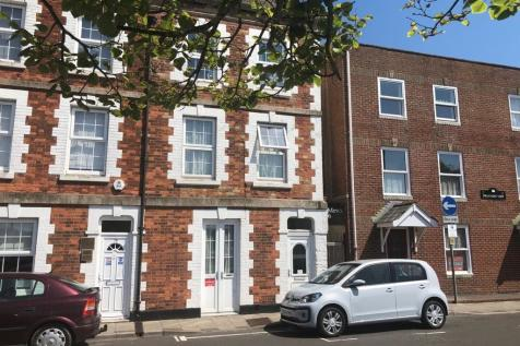 Park Street, Weymouth. 4 bedroom end of terrace house