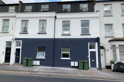 Ilderton Road, London, SE15. 3 bedroom apartment