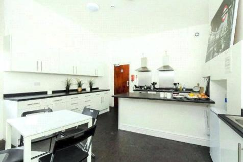 Lyndhurst Grove, London, SE15. 1 bedroom property