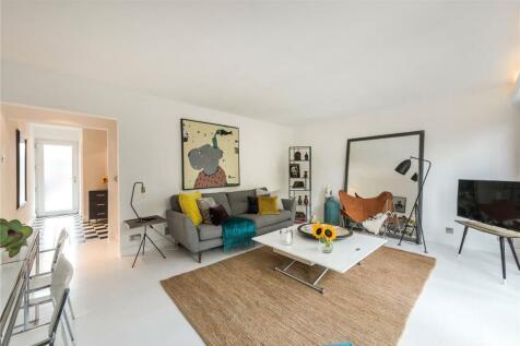 Round Hill, Sydenham, SE26. 3 bedroom terraced house for sale