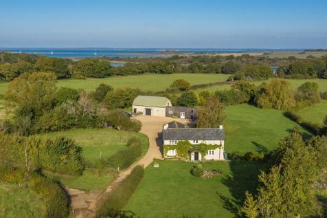 Newtown, Isle Of Wight. 3 bedroom detached house for sale