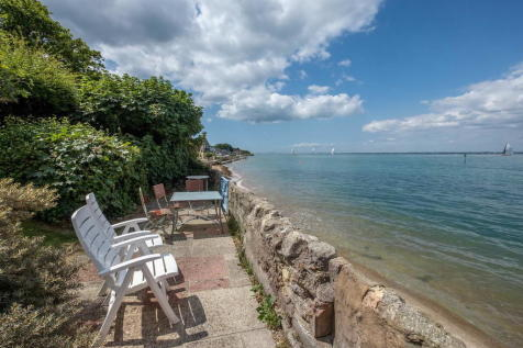 Gurnard, Isle Of Wight. 4 bedroom detached house for sale