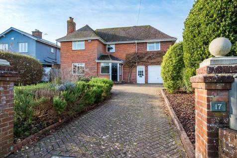 Cowes, Isle Of Wight. 4 bedroom detached house for sale