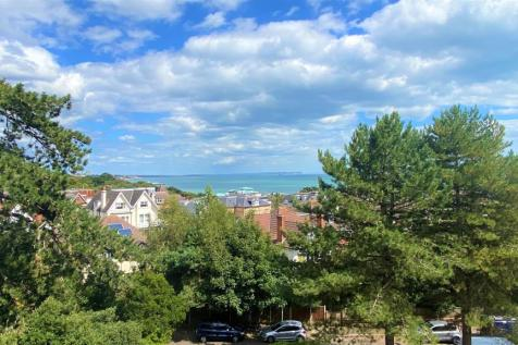 Sandbourne Road, Bournemouth. 2 bedroom apartment