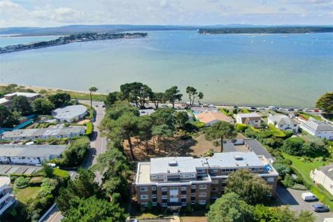 Brudenell Road, Sandbanks , POOLE. 2 bedroom apartment