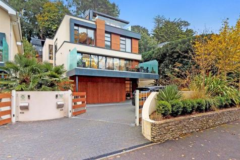 Lakeside Road, Branksome Park, Poole. 5 bedroom detached house