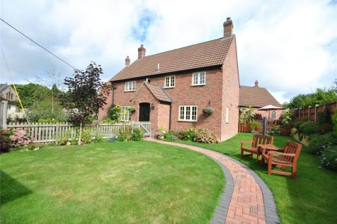 Fore Street, Tatworth, Somerset, TA20. 3 bedroom detached house