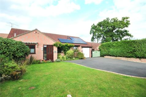 Furnham Crescent, Chard, Somerset, TA20. 3 bedroom bungalow