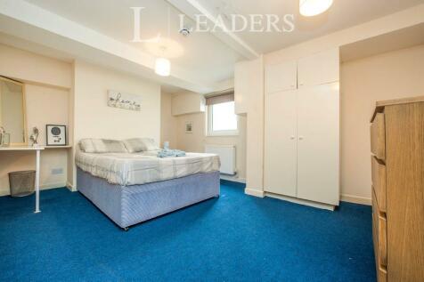 St Pauls Road, Cheltenham, Glos, GL50. 7 bedroom town house