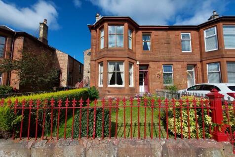North Hamilton Street, Kilmarnock, Ayrshire, KA1. 2 bedroom flat
