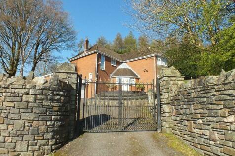 St. James Close, Tredegar. 3 bedroom detached house