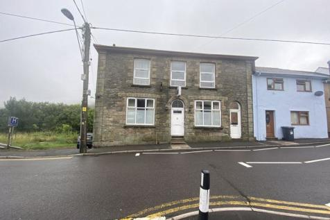 Queen Street, Nantyglo. 5 bedroom terraced house for sale